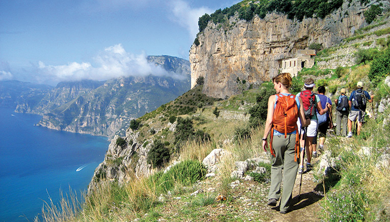 Wami-amalfi-coast-walking
